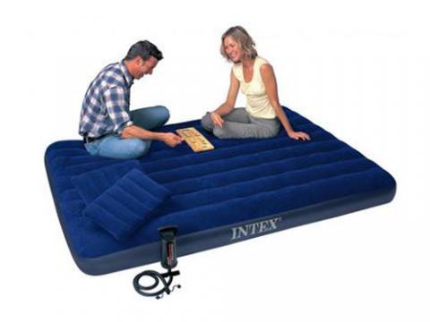 Надувной матрац 68765 механический насос+ 2 подушки